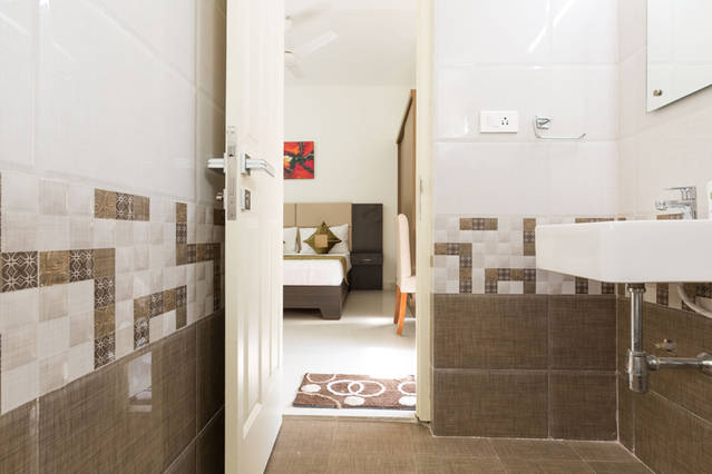 Service apartments hyderabad best service apartments for Room with attached bathroom designs